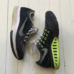 Nike Running Shoes - Zoom Structure 18